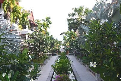 サムイ島チャウエンビーチ北郊外1