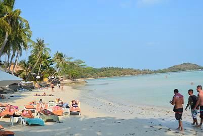 サムイ島のチャウエンビーチ北郊外25