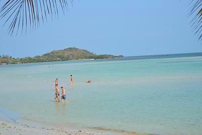 サムイ島のチャウエンビーチ北郊外18