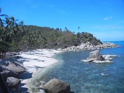 サムイ島シーラワディーのビーチ02